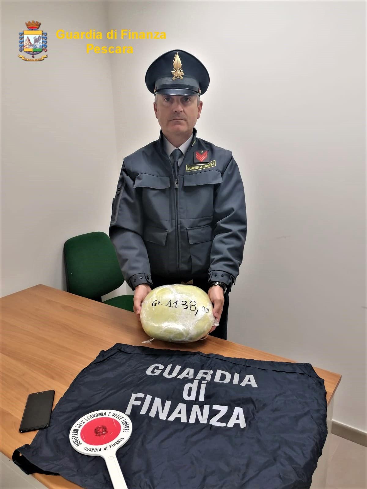 arresto droga marijuana guardia finanza ponte flaiano (2)-2