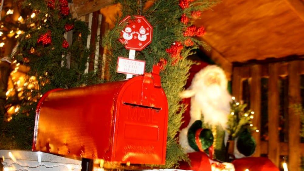 Babbo Natale Casa.Natale 2018 A Montesilvano Torna Lo Spettacolo Della Casa Di Babbo Natale