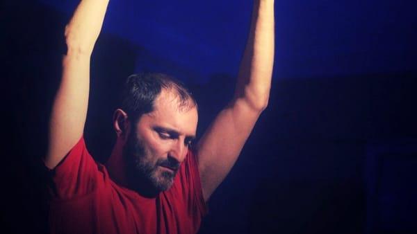 'La balena' da Moby Dick conAlfredo Troianoal Piccolo Teatro Orazio Costa