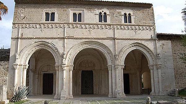 Alla scoperta dell'abbazia di San Clemente a Casauria: visita guidata domenica 20 gennaio