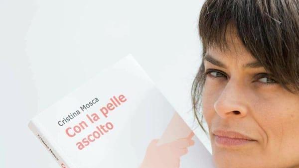 """La scrittrice Cristina Mosca presenta """"Con la pelle ascolto"""" a Montesilvano"""