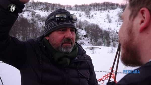 VIDEO   Alessio Feniello multato per i fiori portati a Rigopiano a Le Iene
