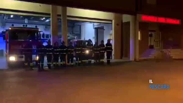 VIDEO | Pompieri morti ad Alessandria, l'omaggio dei colleghi di Montesilvano