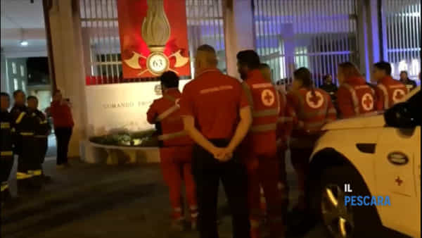 VIDEO | Vigili del fuoco morti ad Alessandria, l'omaggio dei volontari della Croce Rossa di Spoltore