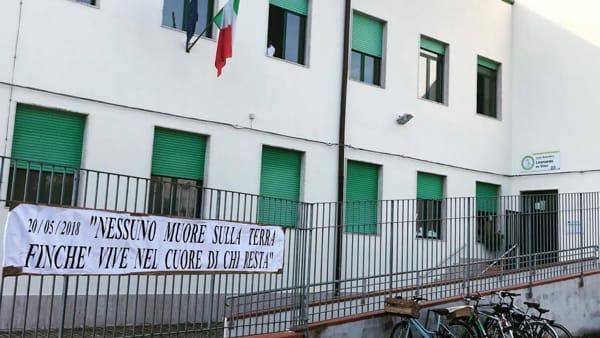 Pescara: funerali Filippone, Ludovica e Marina Angrilli
