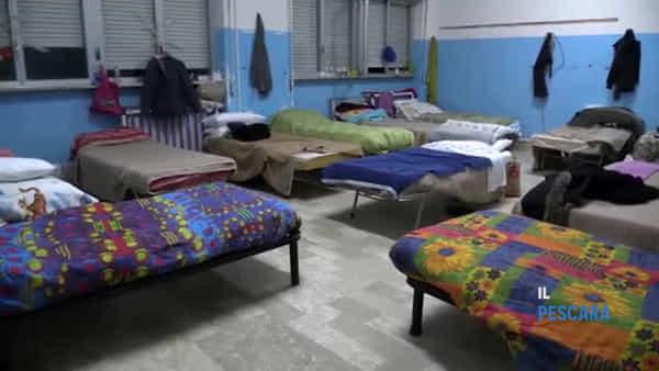 VIDEO | Dormitorio comunale per senzatetto, il bilancio a un mese dall'apertura